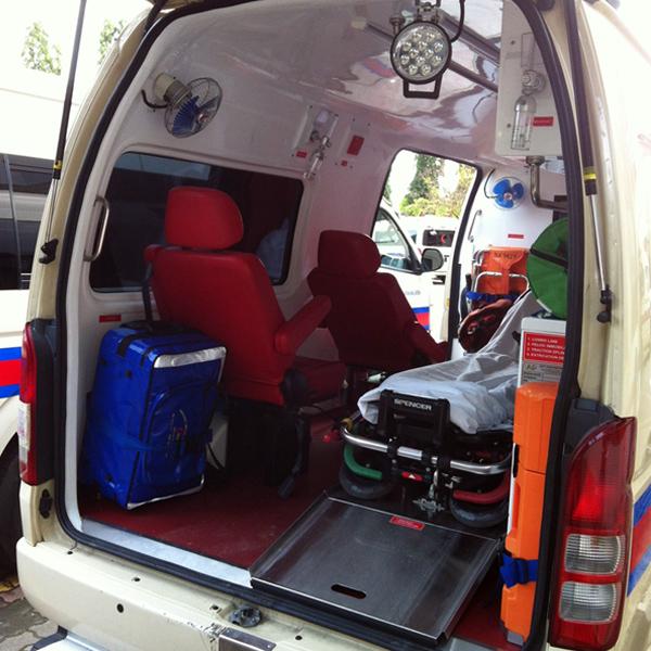 Ambulance-Seat-03